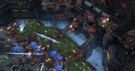 StarCraft 2: Heart of the Swarm opening cinematic invades