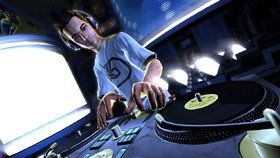 DJ Hero Bundle Screenshot from Shacknews