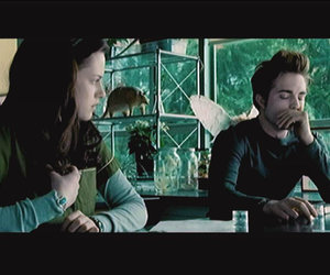 Scene It? Twilight Screenshots