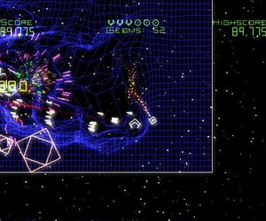 Geometry Wars: Galaxies Screenshots