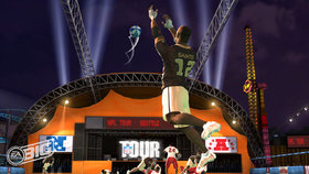 NFL Tour Screenshot from Shacknews
